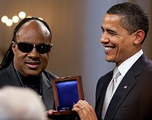 steviewonderBarack_Obama_presents with_Gershwin_Award_crop